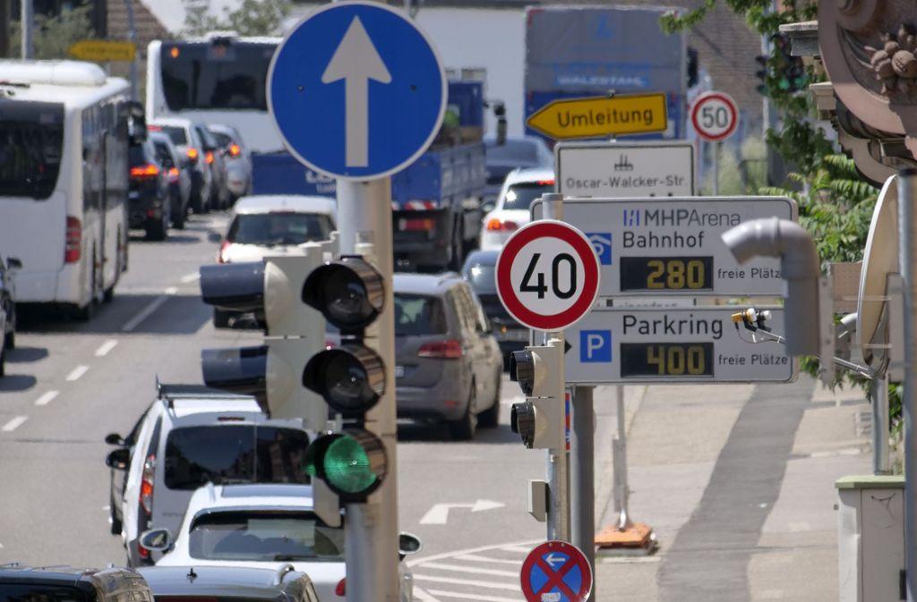 Auf einem kurzen Abschnitt der Friedrichstraße gilt schon jetzt Tempo 40. Foto: factum/Archiv
