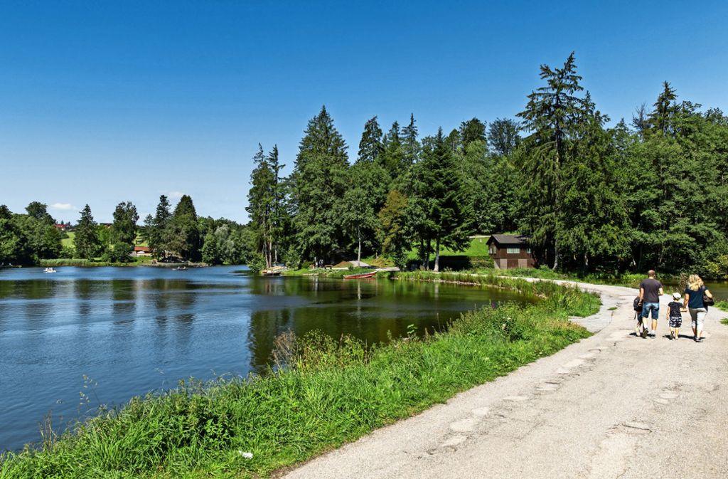 Der Ebnisee bei Kaisersbach lädt ein zum Paddeln, zum Schwimmen und zum Wandern. Foto:Frank Eppler Foto: