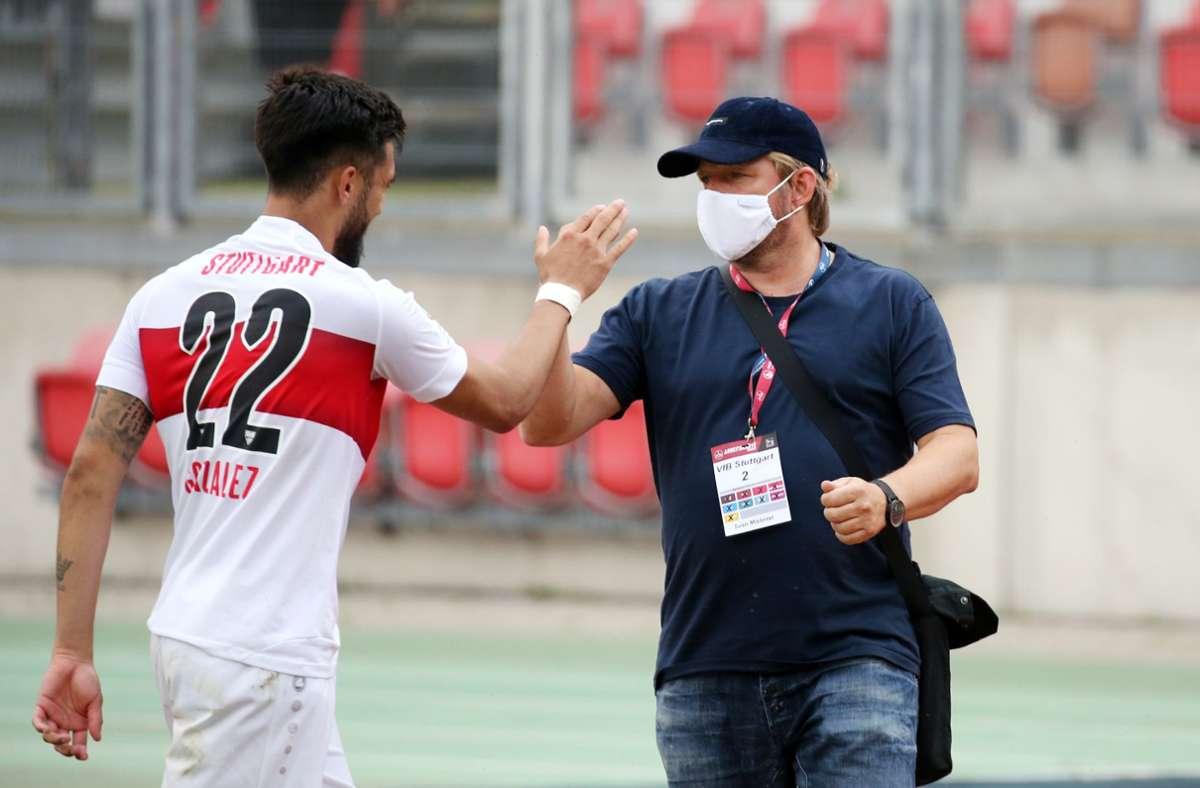 VfB-Angreifer Nicolas Gonzalez, Sportdirektor Sven Mislintat: Abschied in diesem Sommer? Foto: imago/Robin Rudel