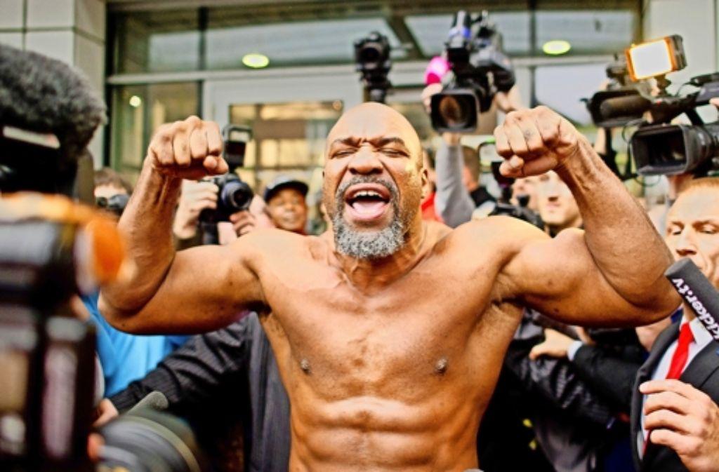 Der Boxer Shannon Briggs überzeugt vor allem (eigentlich nur) mit großer Klappe. Foto: dpa