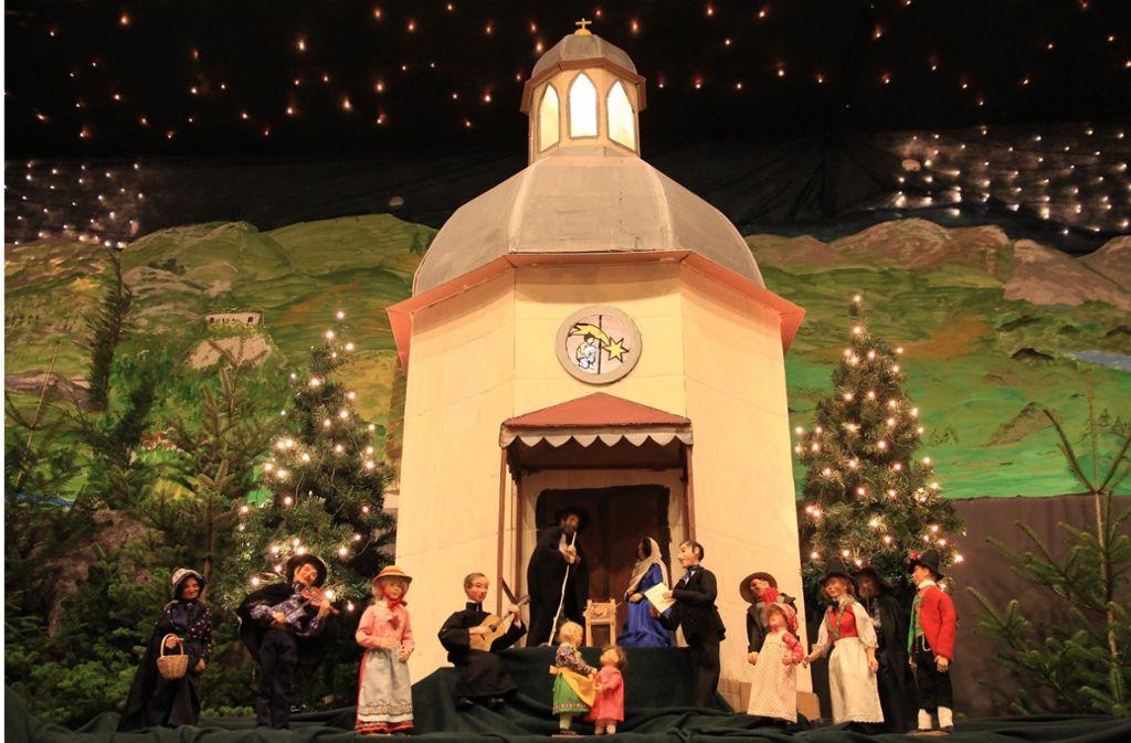 """Die Renninger Krippe widmet sich in diesem Jahr dem Weihnachtslied """"Stille Nacht"""". Foto: Katholische Kirche Renningen"""