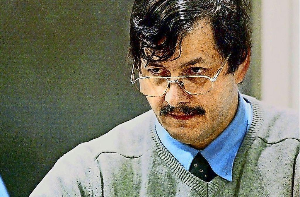 Marc Dutroux 2004 während seines Prozesses. Foto: dpa