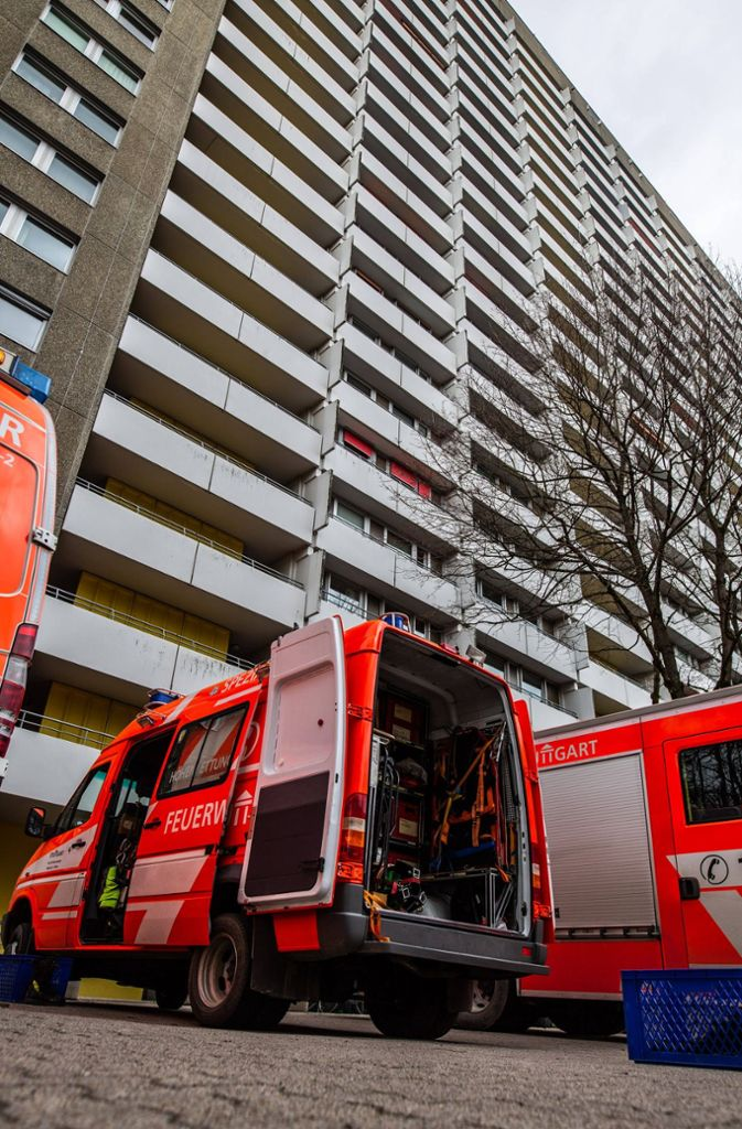 Rauch oder Feuer haben die Einsatzkräfte in der Wohnung aber nicht gefunden. Foto: 7aktuell.de/David M. Skiba