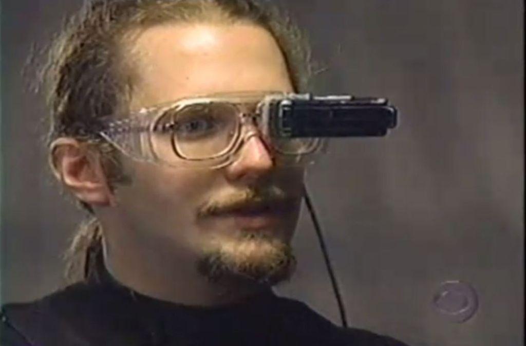 Schon 1997 hat man sich mit dem Thema Computer zum Anziehen beschäftigt. Foto: Screenshot/YouTube