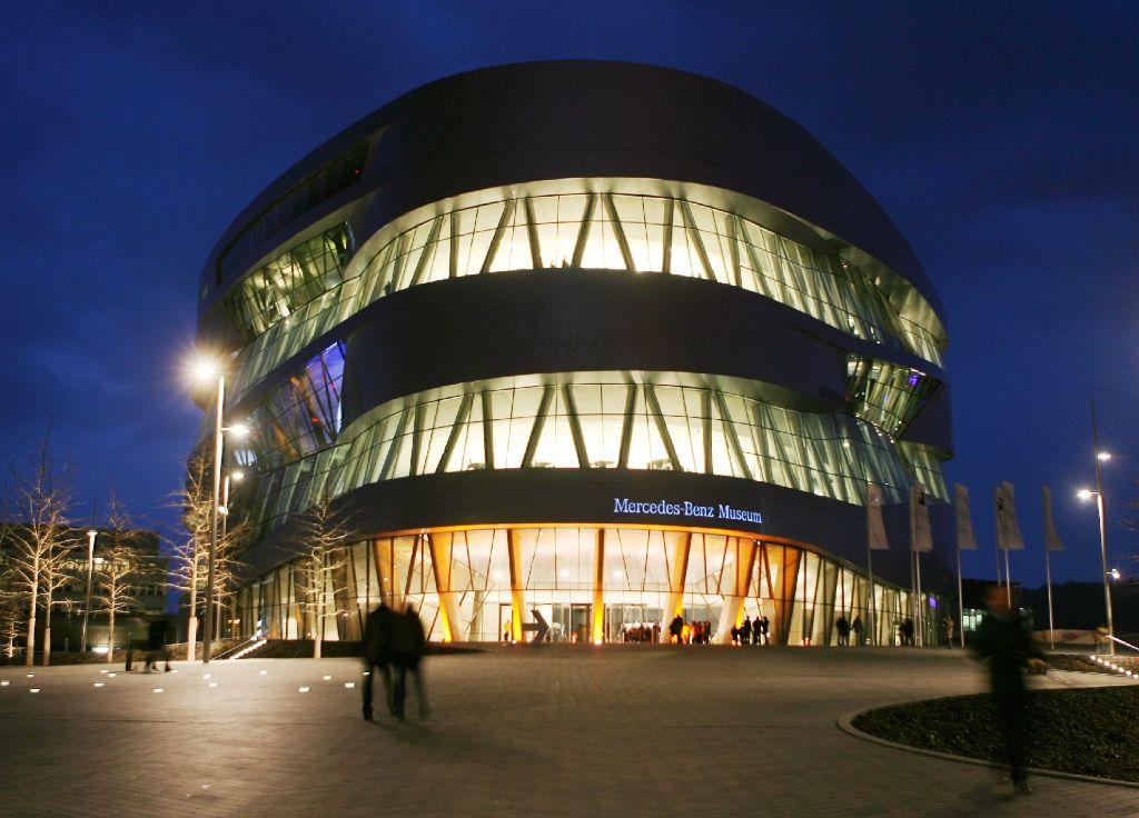 Der Livestream überträgt die Veranstaltung aus dem Mercedes-Benz-Museum. Foto: dpa