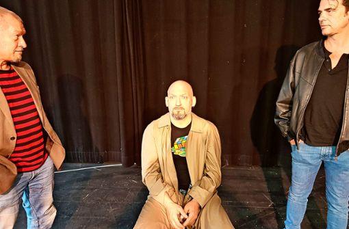 """Reinhold Weiser, Christian Sunkel und Dirk Emmert (v.l.n.r.) spielen in """"Kunst"""" die drei Freunde."""