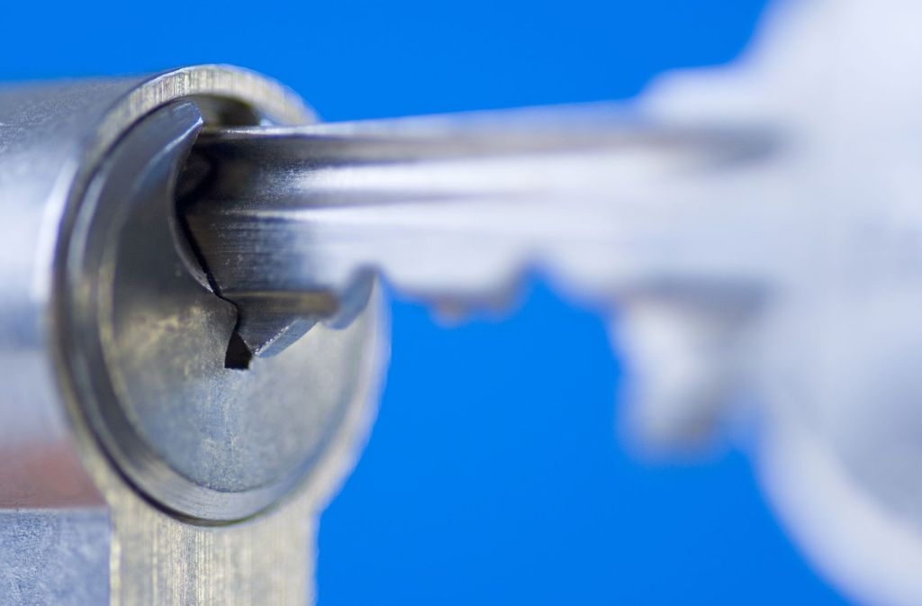 Festpreise: ein  Schlüssel gegen übertreuerte Notdienste Foto: blickwinkel/A.Laule