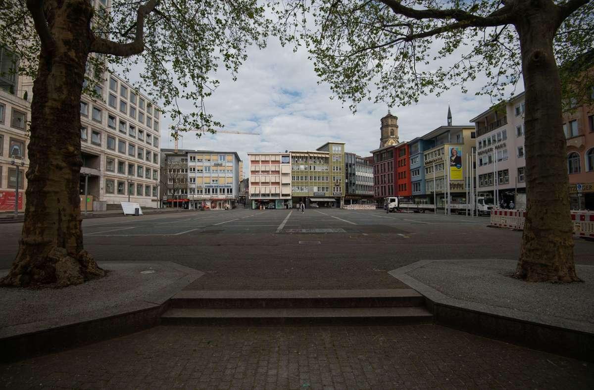 Der Stuttgarter Marktplatz soll einen neuen, helleren Belag und unter anderem auch ein Wasserfontänenfeld bekommen. Foto: Lichtgut/Leif Piechowski
