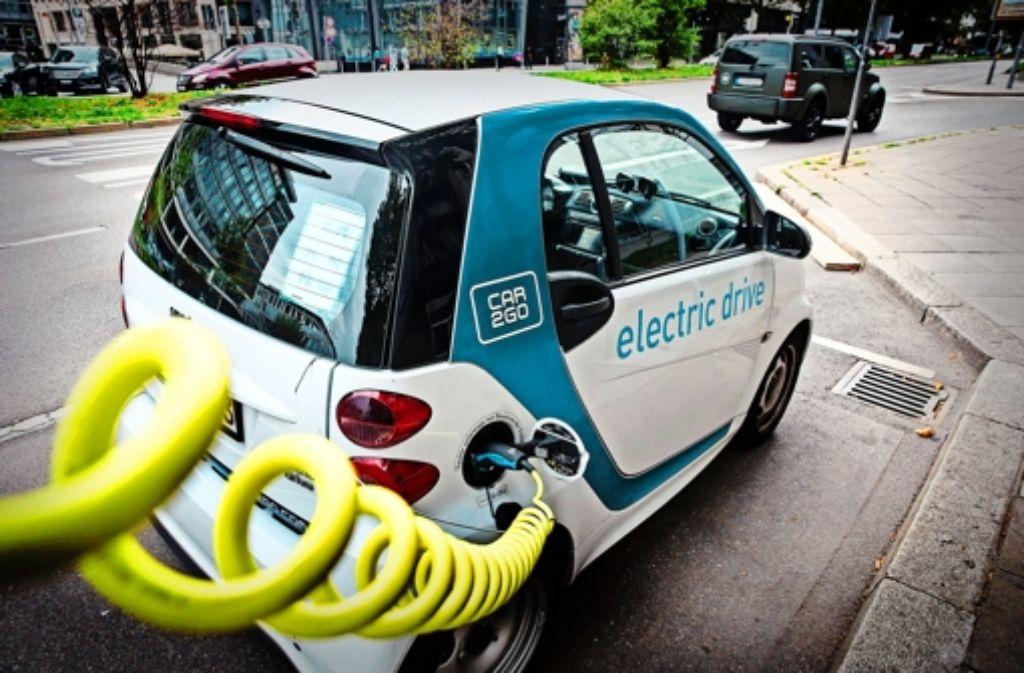 50000 Menschen nutzen die Elektrofahrzeuge von Car2go mittlerweile im Großraum Stuttgart; schwarze Zahlen schreibt das Unternehmen aber noch nicht. Foto: Lichtgut