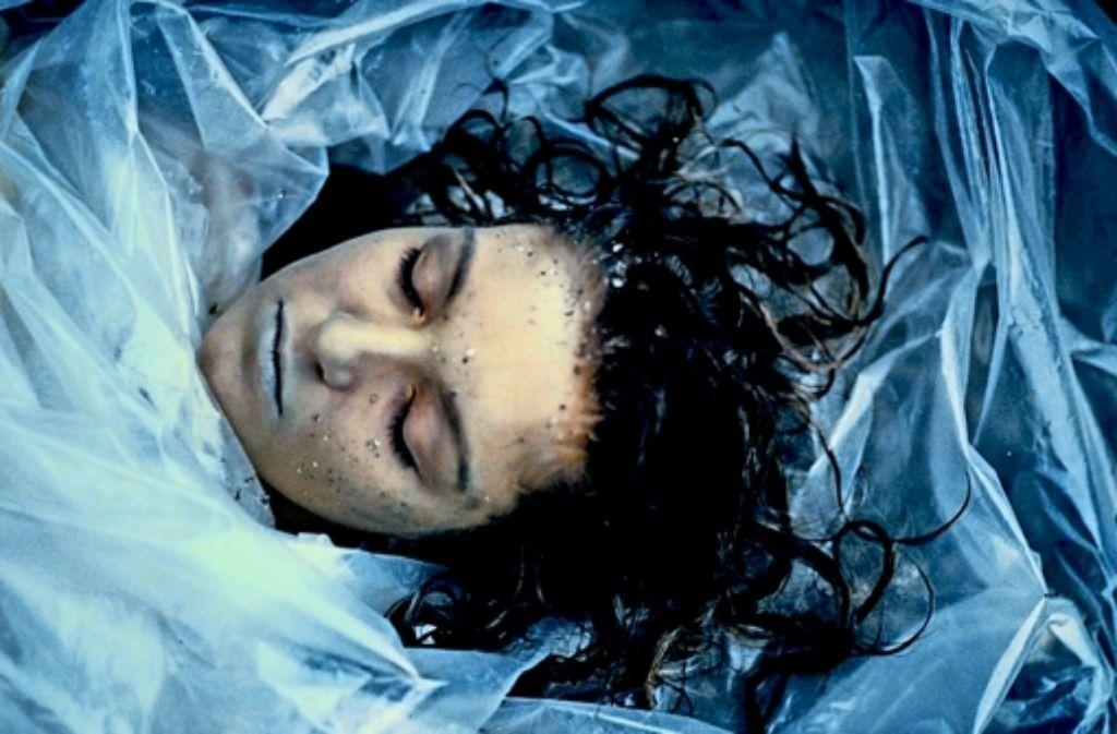 Der Mord an Laura Palmer (Sheryl Lee) lässt viele Lebenslügen im Örtchen Twin Peaks auffliegen. Foto: Mauritius
