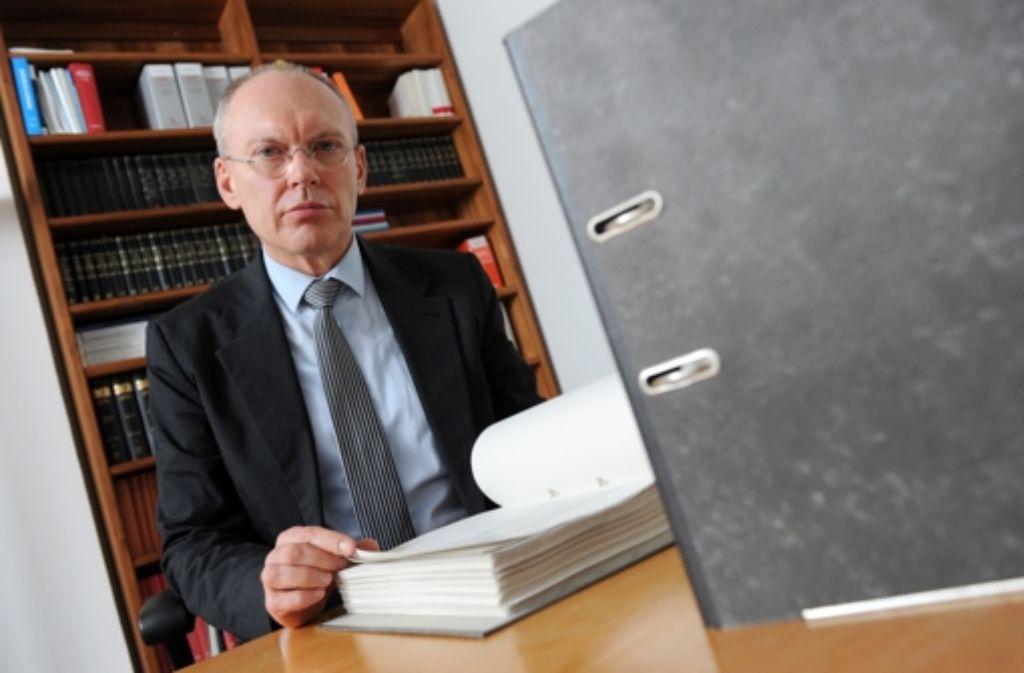 Der Münchner Richter Manfred Götzl leitet das NSU-Verfahren Foto: dpa