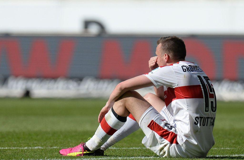 Auch nach dem Abstieg aus der Bundesliga blieb Kevin Großkreutz beim VfB Stuttgart. Das rechneten die Fans dem Dortmunder hoch an. Foto: dpa