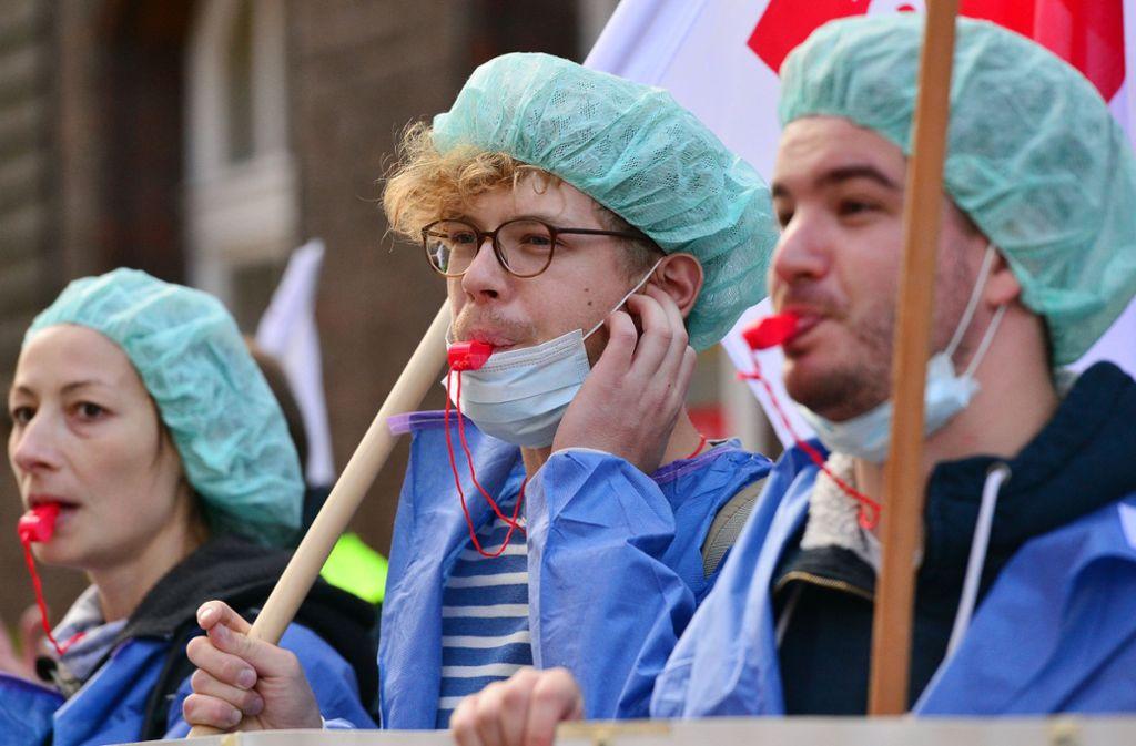 Streikende Pflegekräfte (Archivbild). Foto: dpa
