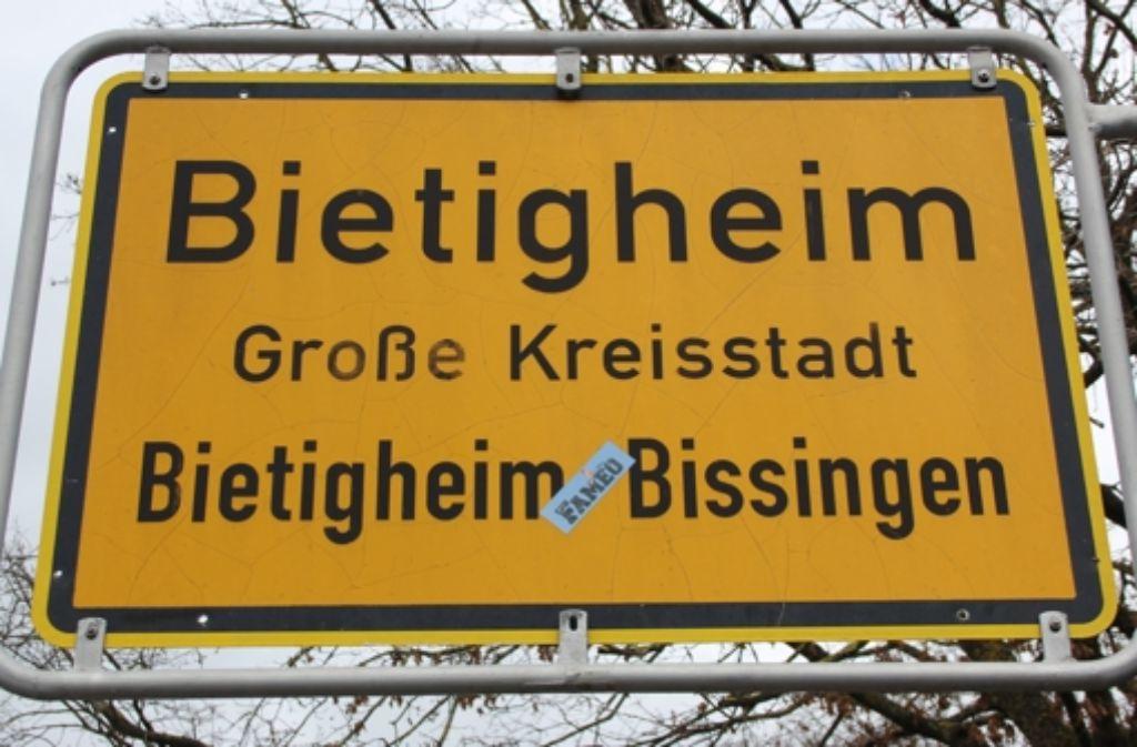 Die Stadt Bietigheim-Bissingen will langfristig eine große Fläche am Bahnhof umgestalten – und hat dafür jetzt tief in die Tasche gegriffen. Foto: Pascal Thiel