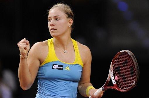 Kerber fordert im Stuttgart-Halbfinale Scharapowa