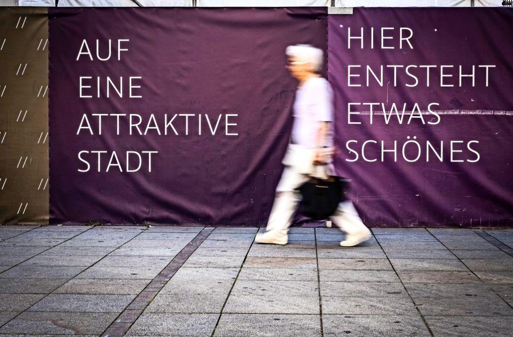 Die Baustelle des künftigen Primark-Ladens auf der Königstraße ist ein Zeichen des Wandels. In die Räume von Eckerle zieht nun Uniqlo ein Foto: Lichtgut/Max Kovalenko