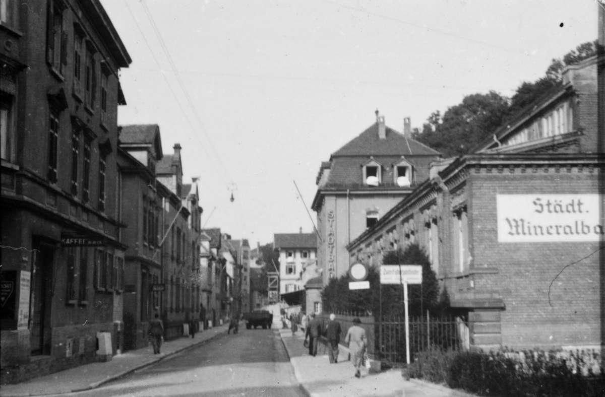 Das Mineralbad Cannstatt im Jahr 1942. In der Bildergalerie zeigen wir weitere Fotos der Stuttgarter Bäder im damaligen Zustand, einschließlich Leuze und Berg. Foto: Stadtarchiv Stuttgart