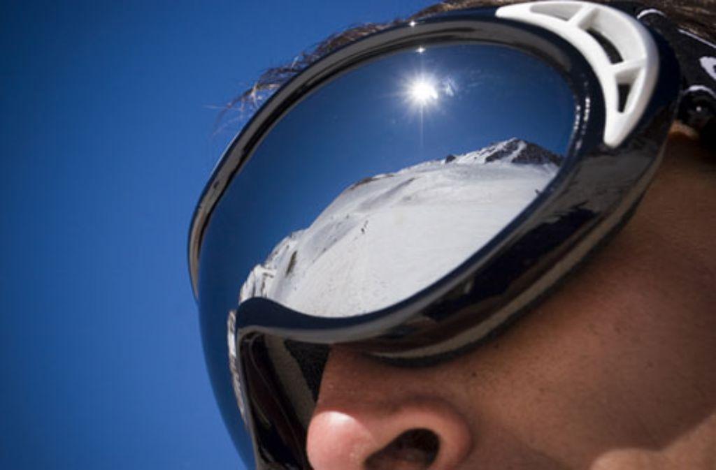 Auch Männerhaut sollte gerade im Winter regelmäßig gecremt werden. Foto: Emiliano Rodriguez/shutterstock.com
