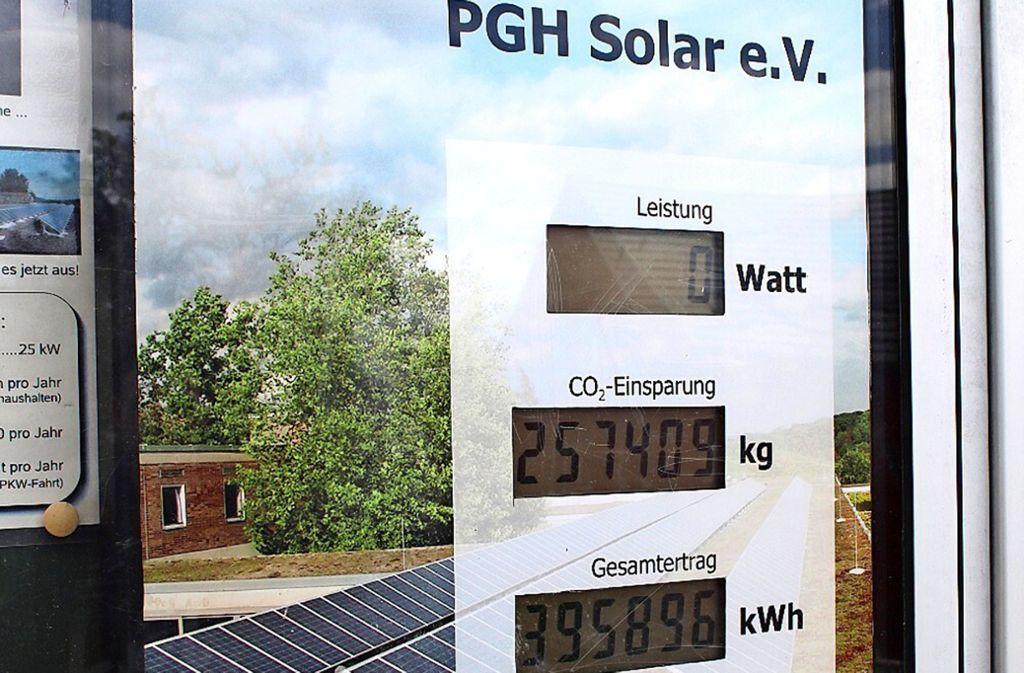 Das Paracelsus-Gymnasium hat bereits Solarzellen auf dem Dach und spart damit CO2 ein. Foto: Jacqueline Fritsch