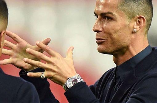 Cristiano Ronaldo protzt mit Diamanten-Uhr