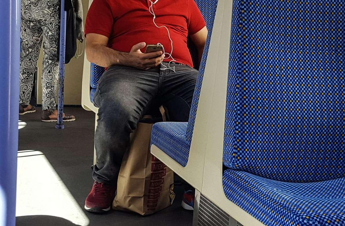 Die Bahn schränkt das Reservieren von Sitzplätzen für Reisende  ein. (Symbolbild) Foto: Lichtgut/Max Kovalenko/Lichtgut/Max Kovalenko