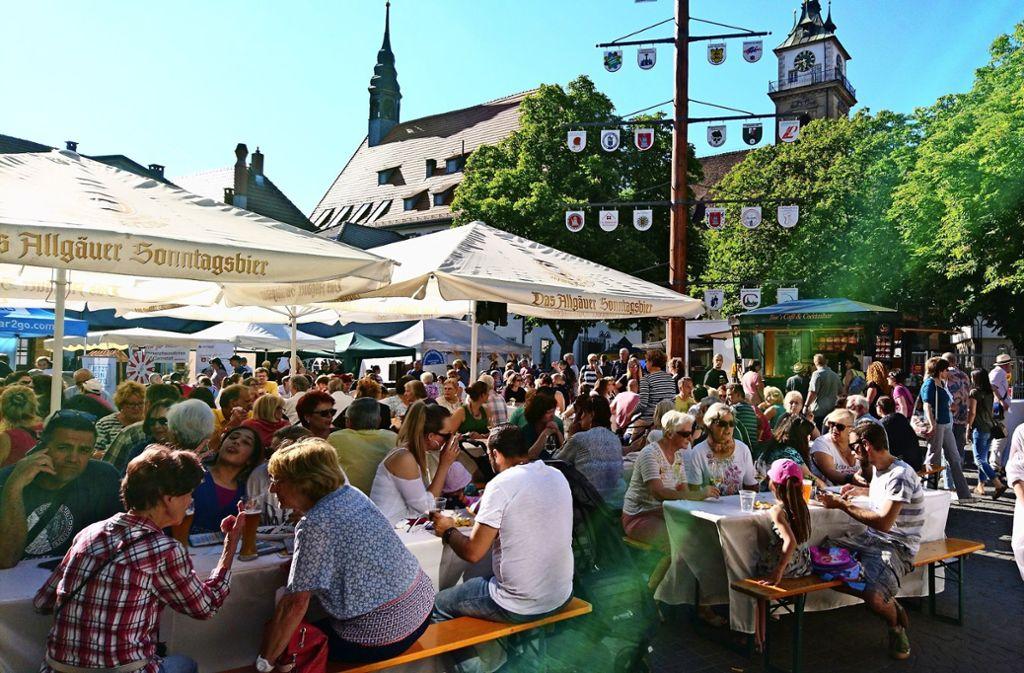 In Bad Cannstatt hat sich das Abendmarkt-Konzept bewährt. Foto: Laura Köhlmann
