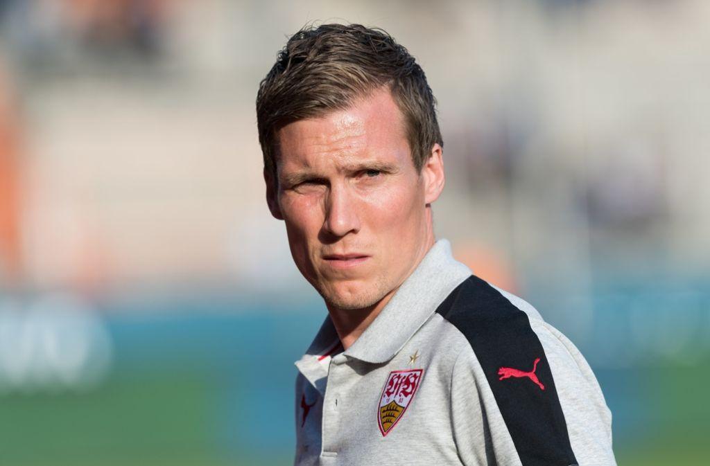 VfB-Trainer Hannes Wolf will die lange Liste der Abwesenden nicht als Entschuldigung gelten lassen. Foto: dpa
