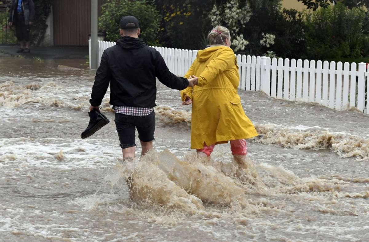 Die Flut hat Tote und Verletzte gefordert, viele Menschen haben alles verloren. Foto: dpa/Roberto Pfeil