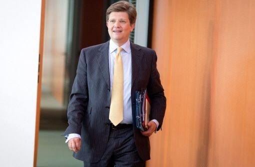 Von Klaeden in EADS-Deal von Daimler involviert?