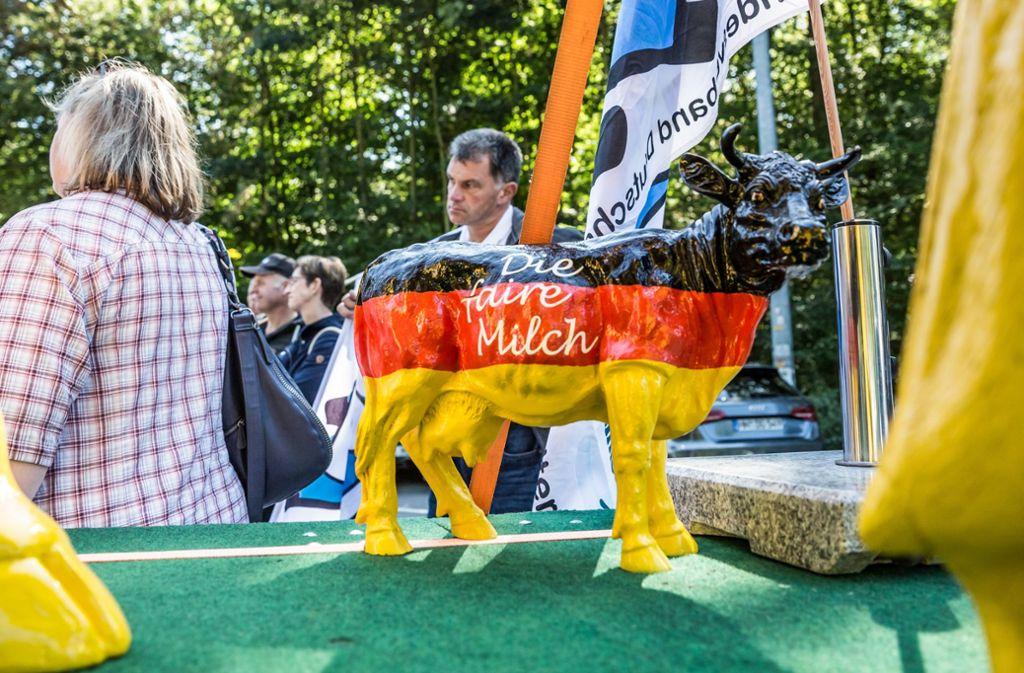Der Bundesverband Deutscher Milchviehhalter (BDM) hat auf seiner Deutschland-Tour in Stuttgart Halt gemacht. Foto: Lichtgut/Julian Rettig
