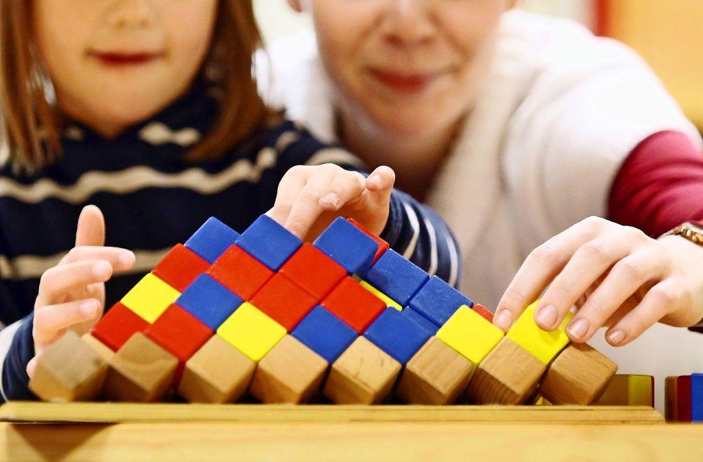 Die Stadt baut das System der Kindergartenfinanzierung neu auf. Foto: dpa/Danny Gohlke