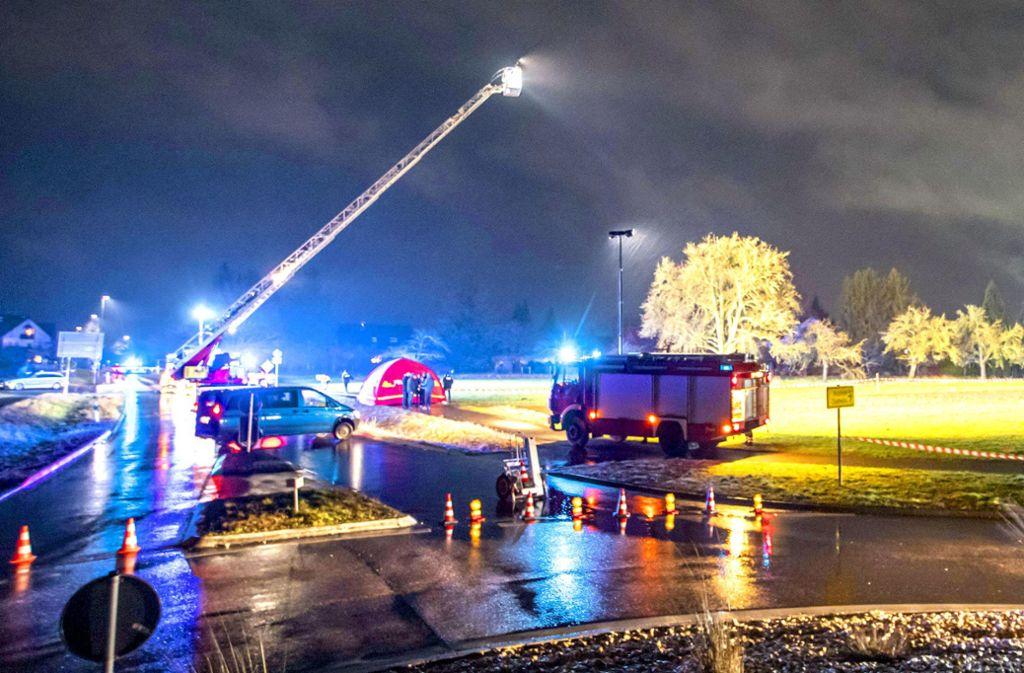 Die ganze Nacht über hat die Polizei Spuren gesichert. Foto: 7aktuell.de/Simon Adomat
