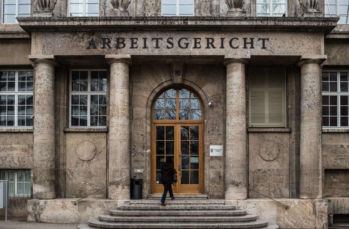 Deutschlehrerinnen der Volkshochschule Stuttgart wollen vor Gericht Urlaubsgeld erstreiten. Foto: Lichtgut/Max Kovalenko