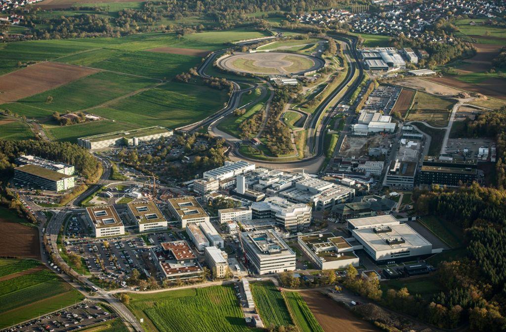 Das Abgaszentrum der Autoindustrie ist im Porsche-Entwicklungszentrum Weissach angesiedelt. Foto: Holger Leicht