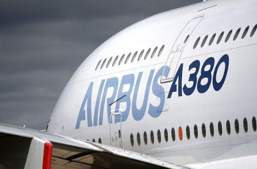 Flugzeugbauer schreibt nach Milliardenstrafe rote Zahlen