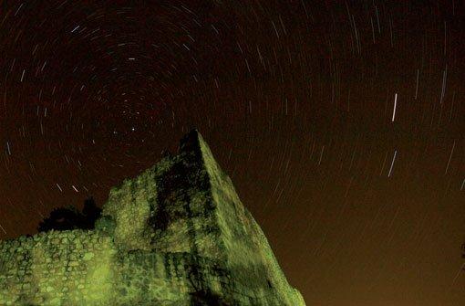 Burg Lichtenegg gegen Norden. Stativ und Bulb mit anschließendem Dark Frame. Foto: Franzis Verlag