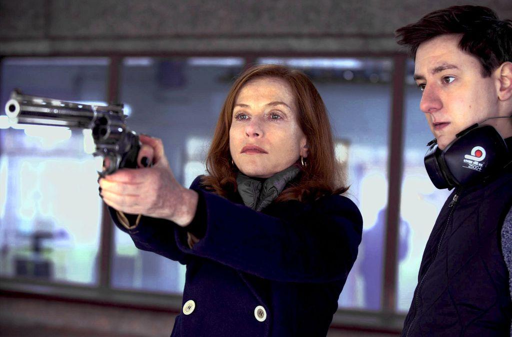 Michèle (Isabelle Huppert) will kein Opfer sein. Sie kehrt ihre wehrhafte Seite hervor. Foto: MFA