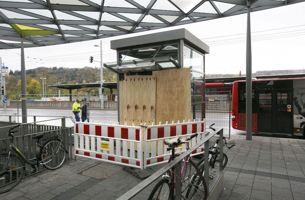 Erst im neuen Jahr wird der Aufzug in der Esslinger Bahnhofsunterführung wieder laufen. Foto: Horst Rudel