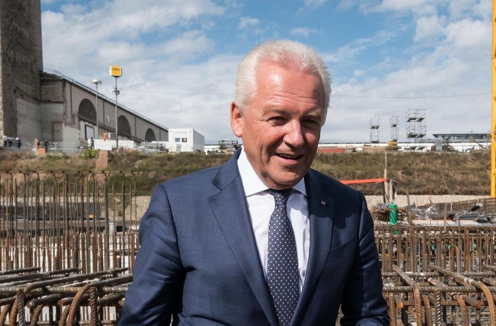 Bahnchef Rüdiger Grube, hier bei der Grundsteinlegung zum Tiefbahnhof im September, hat alle Projektpartner verklagt. Foto: Lichtgut/Achim Zweygarth