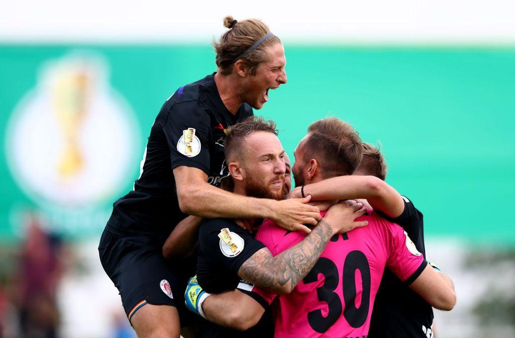 Großer Jubel – am vergangenen Wochenende feierte der FC St. Pauli seinen Erstrundensieg im Pokal nach Elfmeterschießen. Foto: Getty/