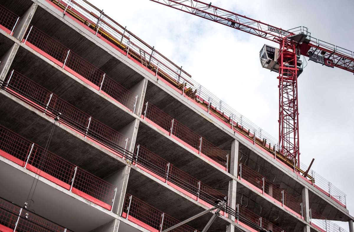 Wenn in Stuttgart gebaut wird, sollen nach dem Willen einiger Gemeinderatsfraktionen noch mehr geförderte Wohnungen entstehen. Foto: Lichtgut/Max Kovalenko