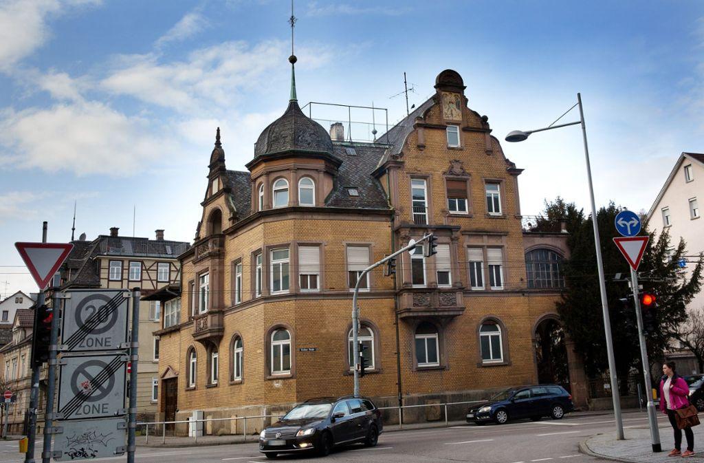 Das Haus in der Berliner Straße wird noch mindestens  einige Monate leer stehen. Foto: Ines Rudel