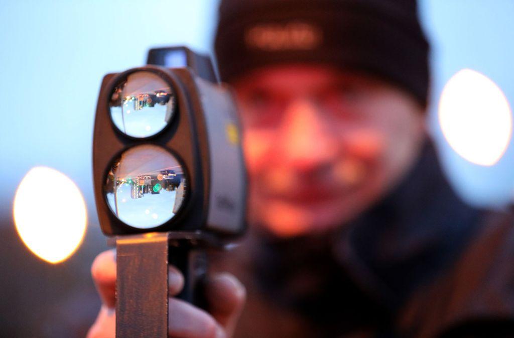 Die Polizei hat am Freitagmorgen in Stuttgart-Bad Cannstatt einige Raser geschnappt. (Symbolbild) Foto: dpa