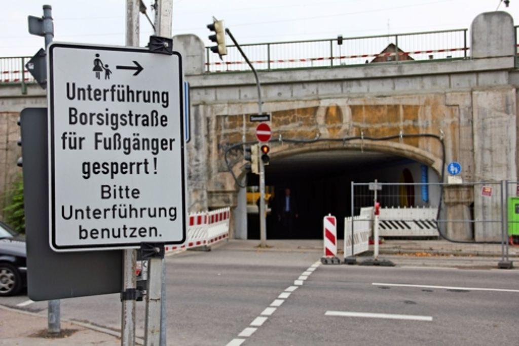 Die Bahnunterführung  in Höhe der Krupp-/Siemensstraße fällt nach den Umbaumaßnahmen weg. Sie wird  zum Teil mit Beton verfüllt, weil die Schnellbahngleise in diesem Bereich    abgesenkt werden. Foto: Torsten Ströbele
