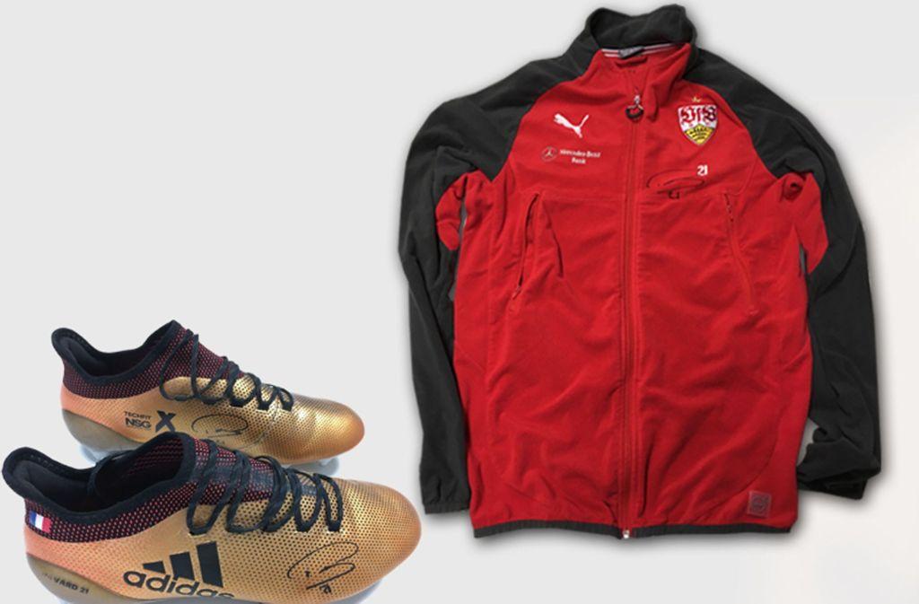 Benjamin Pavard vom VfB Stuttgart versteigert ganz persönliche Gegenstände. Foto: United Charity