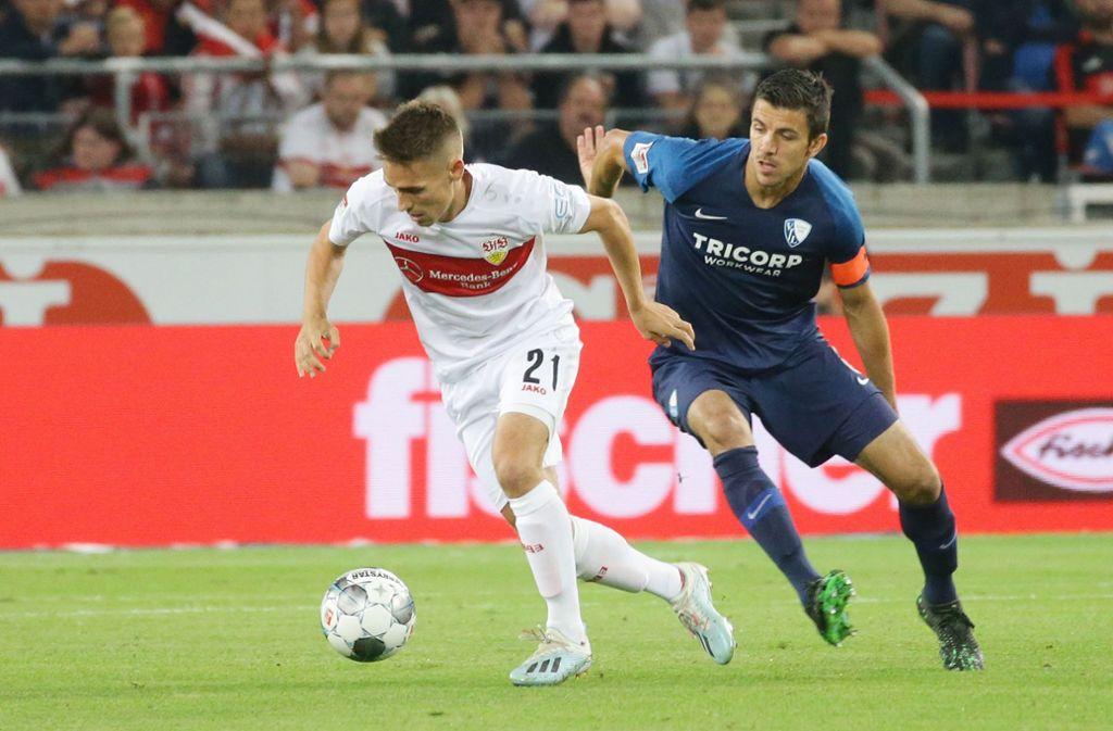 """Philipp Klement  ist """"Spieler des Spiels"""" des VfB Stuttgart in der Partie gegen den VfL Bochum. Foto: Pressefoto Baumann"""
