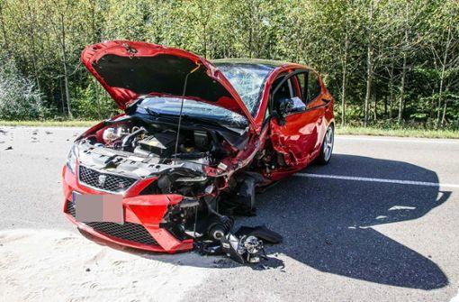 Mehrere Verletzte bei schwerem Unfall – K1013 voll gesperrt