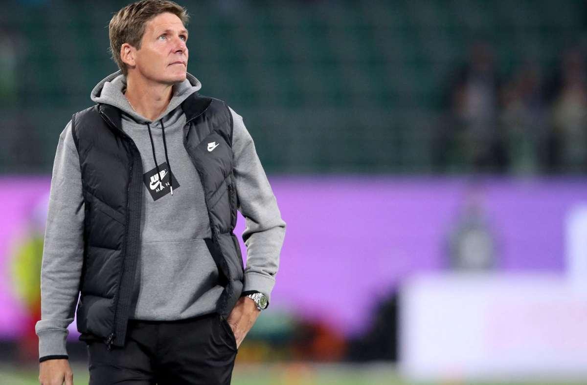 Oliver Glasner entführte einen Punkt aus Wolfsburg. Foto: AFP/RONNY HARTMANN