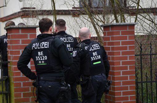 Polizei führt Großrazzia  in Berlin und anderen Bundesländern durch