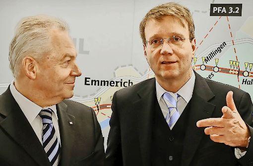 Ronald Pofalla (rechts) gilt als enger Vertrauter von Bahnchef Grube (links). Foto: dpa